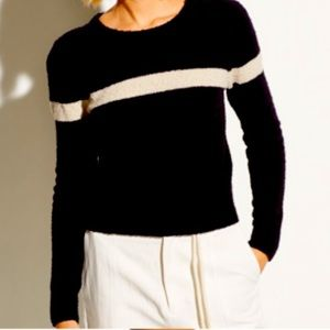 Black and white single stripe knitted sweater